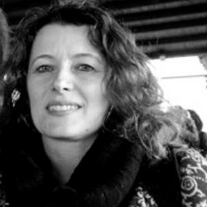 Alessandra Broccolini è professore associato di antropologia culturale presso La Sapienza Sapienza Università di Roma. Si occupa di antropologia dei patrimoni culturali e di patrimonio culturale immateriale.