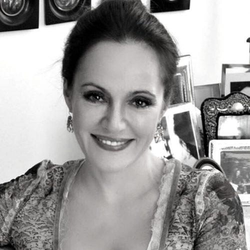 Paola Tonussi
