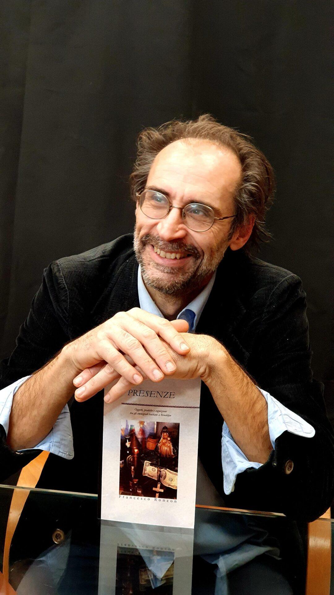 Francesco Ronzon, docente di Antropologia culturale all'Accademia Cignaroli, Verona. Ha svolto indagini etnografiche ad Haiti, New York e in Italia