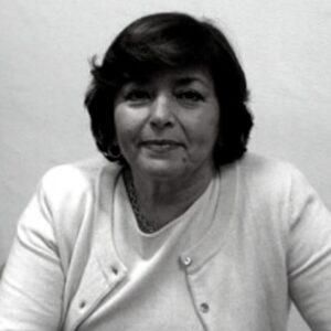 Emanuela Chiavarelli - Studiosa del sacro, ricerca nelle attestazioni dei riti, dei miti, delle fiabe, le realtà fattuali che ispirarono i cerimoniali dei popoli